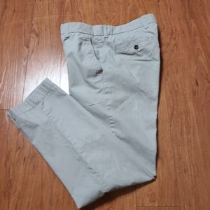 Tommy Hilfiger men's tailor fit chino pant